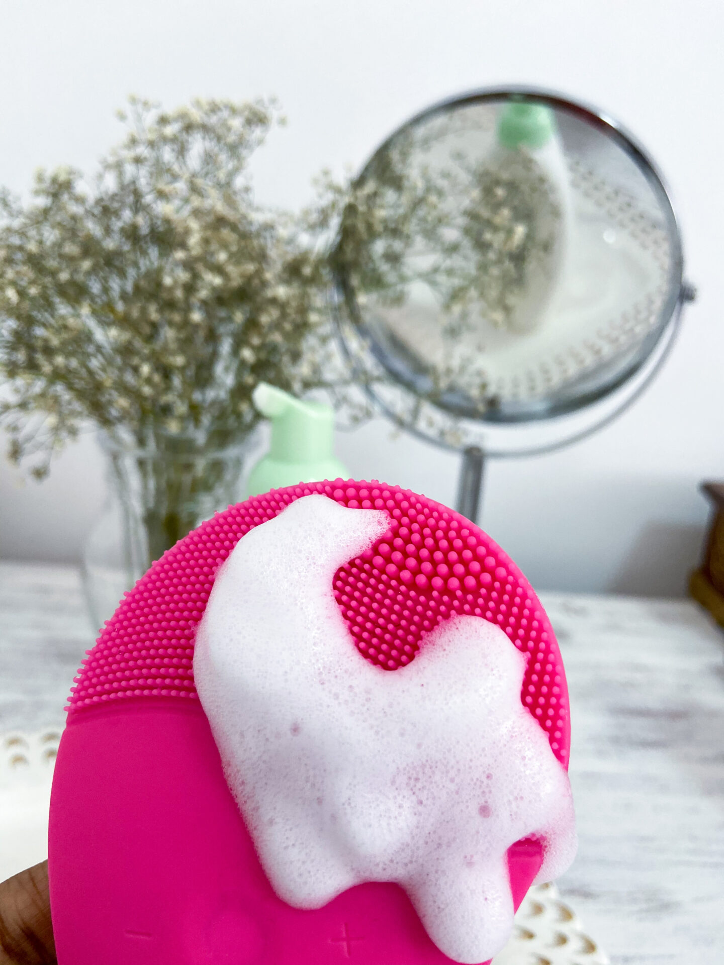 silicon sonic cleansing brush for face blog review
