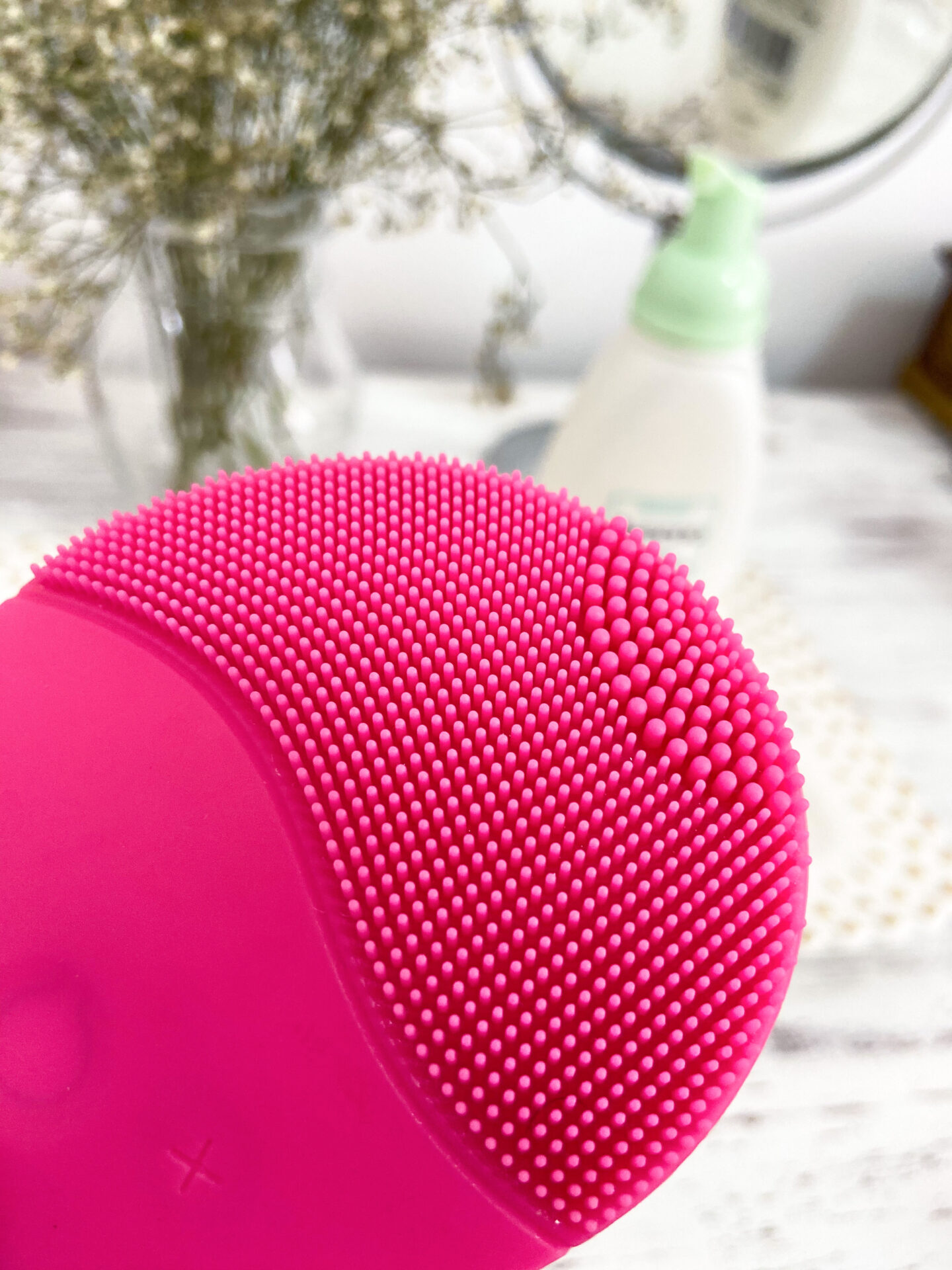 Sonic silicon cleansing brush for face blog review